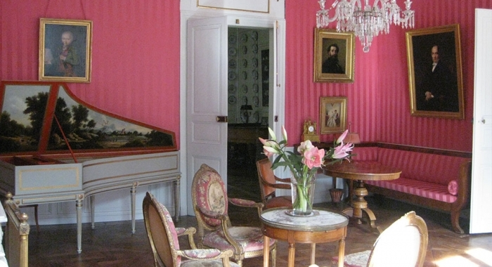 grand salon de l'hôtel de Conny